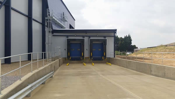 Loading bay installation project for World Wide Fruit (Spalding)